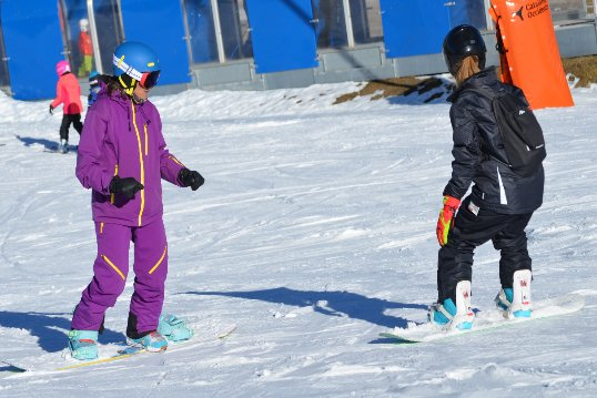 Clases familiares de snowboard en Baqueira Beret